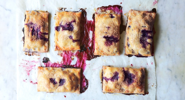 blueberry-hand-pies