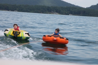 Tubing Abigail and Owen